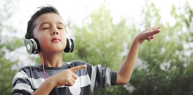image-of-boy-listening-to-music-v2-658x325