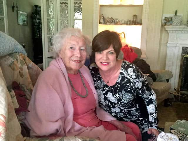 Vicki Lee with Dame Vera Lynn at her home in Sussex 2015